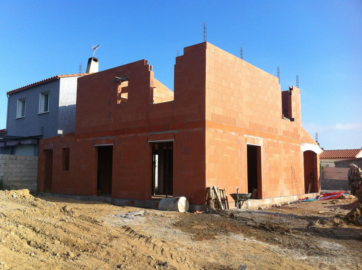 maison brique etage